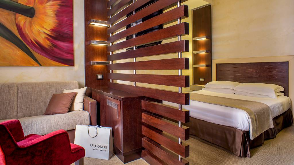 05-Les-Fleurs-Luxury-House-Roma-room