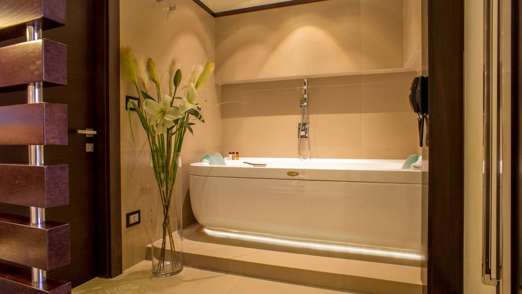 07-Les-Fleurs-Luxury-House-Rom-zimmer