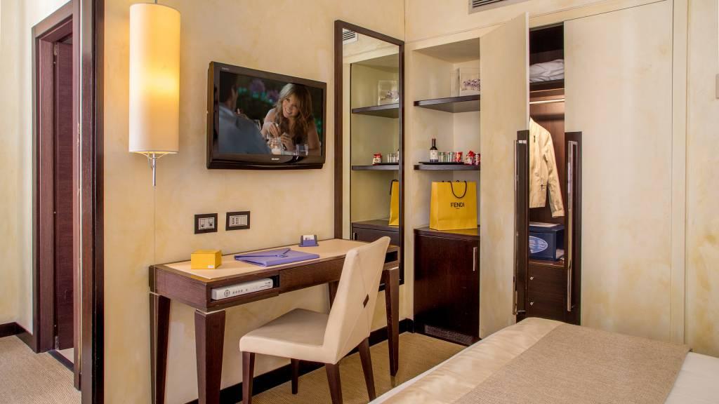 45-Les-Fleurs-Luxury-House-Roma-quarto