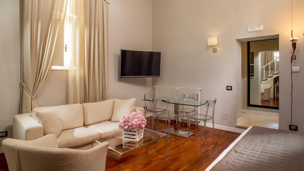 51-Les-Fleurs-Luxury-House-Rome-suite