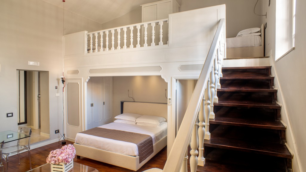 53-Les-Fleurs-Luxury-House-Rome-suite