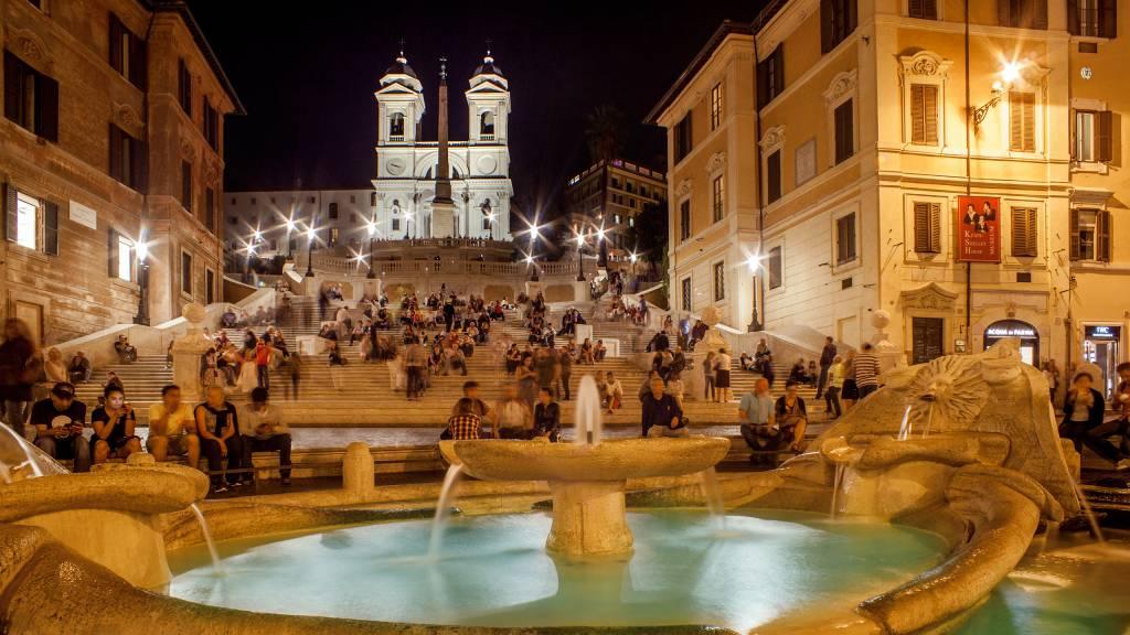 65-Les-Fleurs-Luxury-House-Rome-piazza-di-spagna