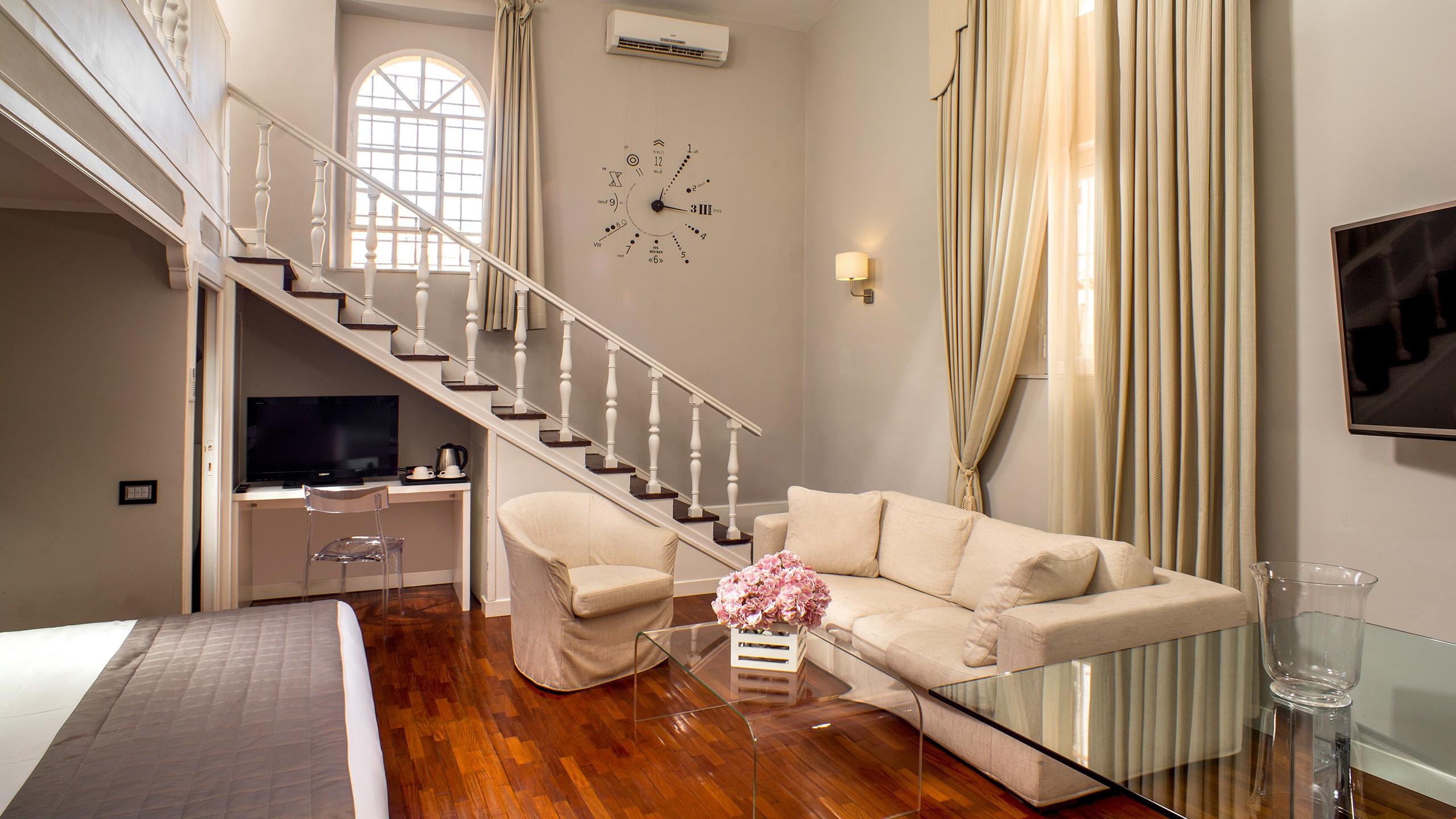 49-Les-Fleurs-Luxury-House-Rome-suite