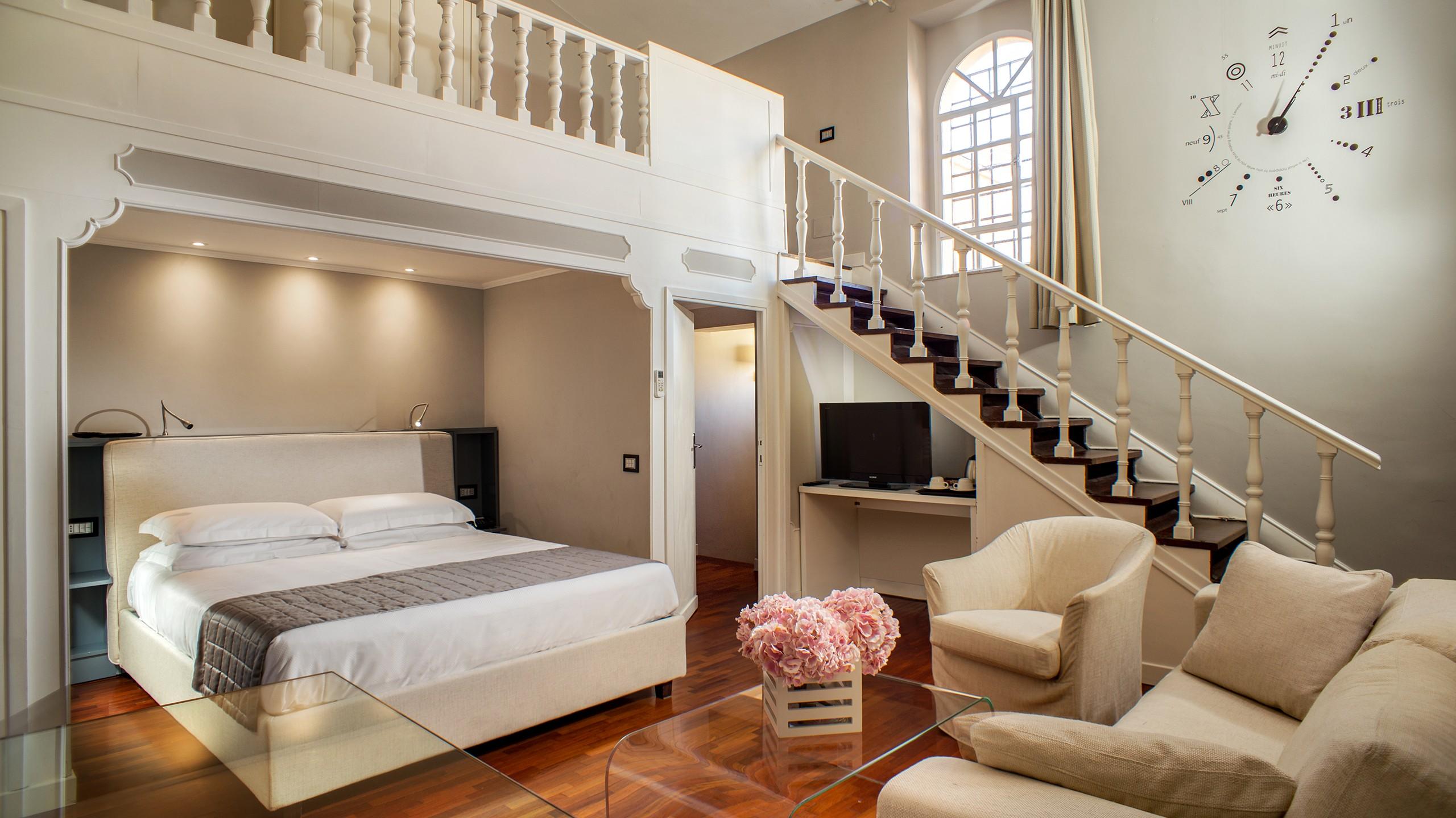 50-Les-Fleurs-Luxury-House-Rome-suite