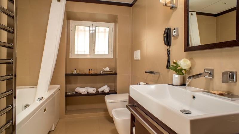 03-Les-Fleurs-Luxury-House-Rome-salle-de-bain