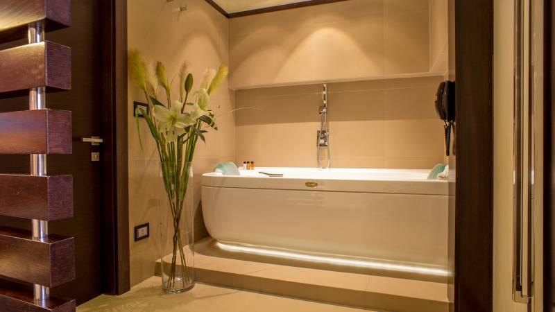 07-Les-Fleurs-Luxury-House-Roma-quarto